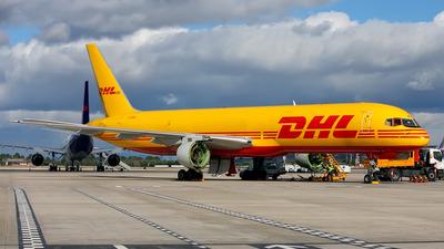 A picture of GBIKJ - Boeing 757236(SF) - [22181] - © Ilia Dominguez