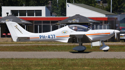 PH-4J7 - AeroSpool Dynamic WT9 - Private