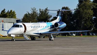 N650EE - Embraer ERJ-135BJ Legacy 650 - Embraer