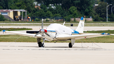 N7209E - Beechcraft F33A Bonanza - Private