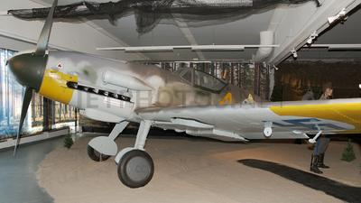 MT-452 - Messerschmitt Bf 109G-6 - Finland - Air Force