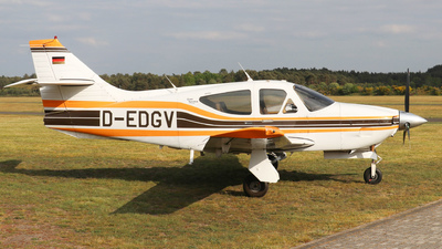 D-EDGV - Rockwell Commander 114A - Private