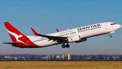 VH-VXD - Boeing 737-838 - Qantas