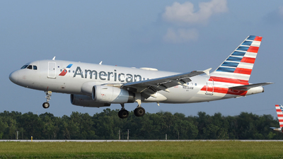 A picture of N813AW - Airbus A319132 - American Airlines - © DJ Reed - OPShots Photo Team