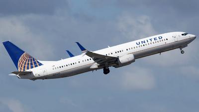 N39450 - Boeing 737-924ER - United Airlines