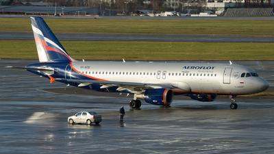 VP-BZQ - Airbus A320-214 - Aeroflot