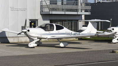 F-HDAF - Diamond DA-40D Diamond Star TDI - Private