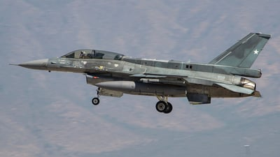 858 - Lockheed Martin F-16DJ Fighting Falcon - Chile - Air Force