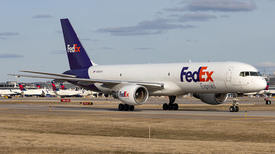 A picture of N992FD - Boeing 757232(SF) - FedEx - © xuxinyi1000