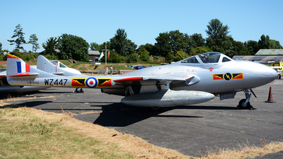LN-DHZ - De Havilland Vampire T.55 - Private