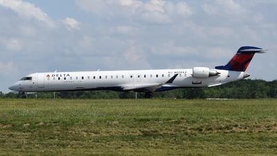 A picture of N928XJ - Mitsubishi CRJ900LR - Delta Air Lines - © DJ Reed - OPShots Photo Team