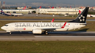 TC-JHE - Boeing 737-8F2 - Turkish Airlines