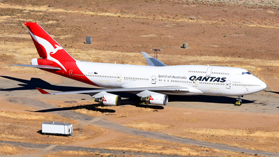 A picture of VHOEE - Boeing 747438(ER) - [32909] - © Rocky Wang