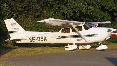S5-DSA - Cessna 172R Skyhawk - Private
