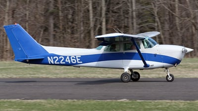 N2246E - Cessna 172 Skyhawk - Private