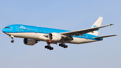 A picture of PHBQD - Boeing 777206(ER) - KLM - © Joost Alexander