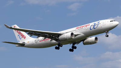 A picture of ECLVL - Airbus A330243 - Air Europa - © Ezequiel Arpajou