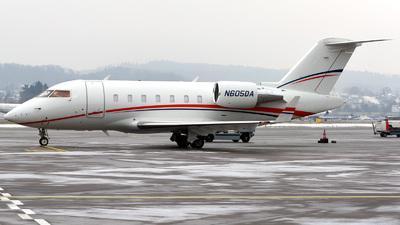 N605DA - Bombardier CL-600-2B16 Challenger 604 - Private