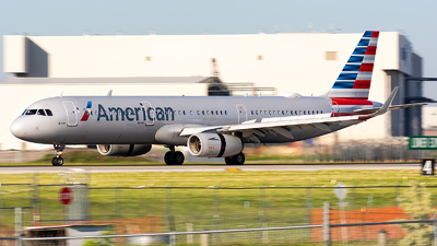 A picture of N991AU - Airbus A321231 - American Airlines - © Kevin Cargo