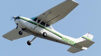 N904RA - Cessna 172M Skyhawk - Rochester Air Center