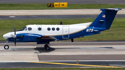 A picture of N75 - Beech 300 Super King Air -  - © André Dias de Albuquerque