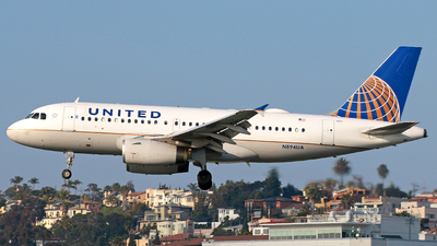 N894UA - Airbus A319-132 - United Airlines