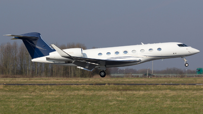 M-YNNS - Gulfstream G650 - Private