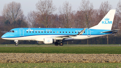 A picture of PHEXN - Embraer E175STD - KLM - © Jeroen Stroes