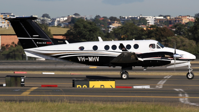 VH-MHV - Beechcraft B200C Super King Air - Pays Helicopters