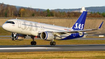 A picture of SEROL - Airbus A320251N - SAS - © Laszlo Fekete