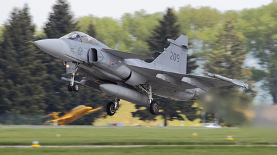 209 - Saab JAS-39C Gripen - Sweden - Air Force