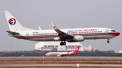 B-5493 - Boeing 737-89P - China Eastern Airlines