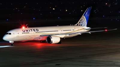N26910 - Boeing 787-8 Dreamliner - United Airlines
