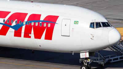 PT-MSZ - Boeing 767-316(ER) - TAM Linhas Aéreas