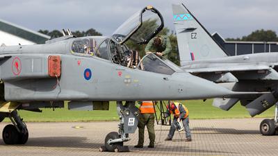 XX835 - Sepecat Jaguar T.4 - United Kingdom - Royal Air Force (RAF)