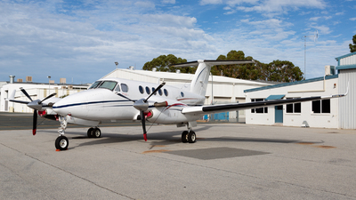 VH-LOA - Beechcraft B200 Super King Air - Private