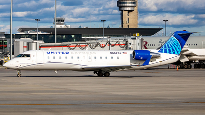 A picture of N809CA - Mitsubishi CRJ200LR - United Airlines - © Mark Brandon