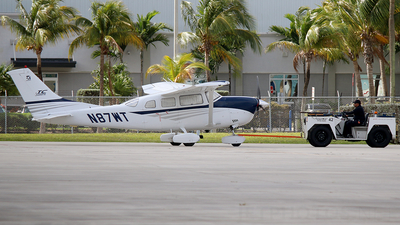 A picture of N87WT - Cessna T206H Turbo Stationair - [T20608452] - © Joshua Ruppert