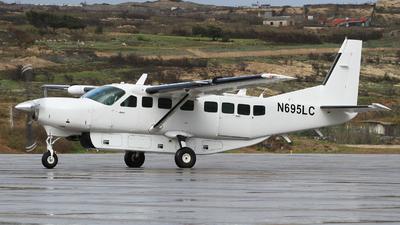 N695LC - Cessna 208B Grand Caravan - Private