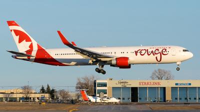 C-FMWY - Boeing 767-333(ER) - Air Canada