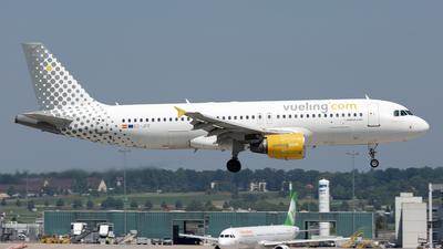 EC-JFF - Airbus A320-214 - Vueling