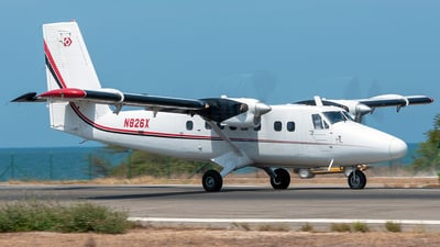 N826X - De Havilland Canada DHC-6-300 Twin Otter - Private