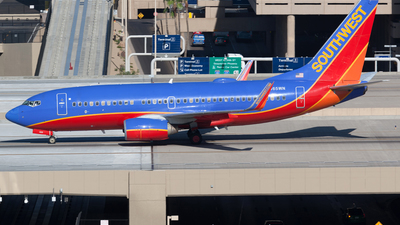 N465WN - Boeing 737-7H4 - Southwest Airlines