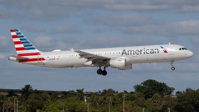N179UW - Airbus A321-211 - American Airlines