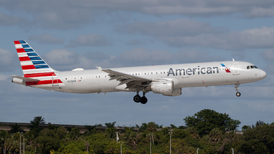 A picture of N179UW - Airbus A321211 - American Airlines - © Mark Lawrence