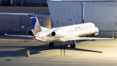 A picture of N12145 - Embraer ERJ145XR - United Airlines - © Davin Amy
