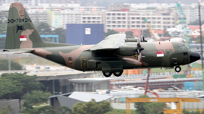 724 - Lockheed KC-130B Hercules - Singapore - Air Force