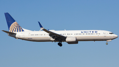 A picture of N66808 - Boeing 737924(ER) - United Airlines - © Xiamen Air 849