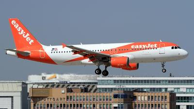 OE-IZT - Airbus A320-214 - easyJet Europe