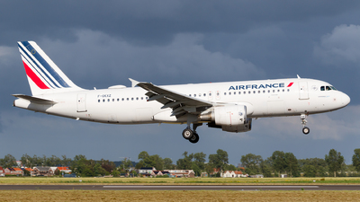 F-GKXZ - Airbus A320-214 - Air France